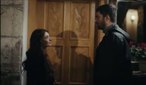 تتابعون مسلسل ابنة السفير الحلقة 9 عبر قصة عشق جديد أحداث ابنة السفير الحلقة 9 التاسعة مترجم عبر قصة عشق