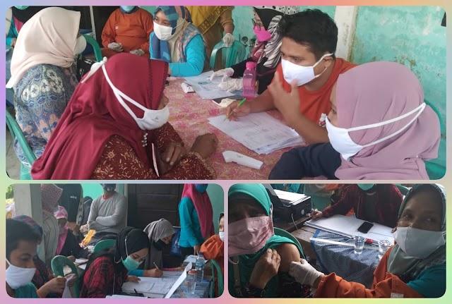 Vaksinasi Massal Covid 19 di Dusun Dukuh Parakanmanggu Kec.Parigi
