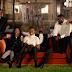 """JAY-Z recria abertura de """"Friends"""" com atores negros no clipe de """"Moonlight""""; assista"""