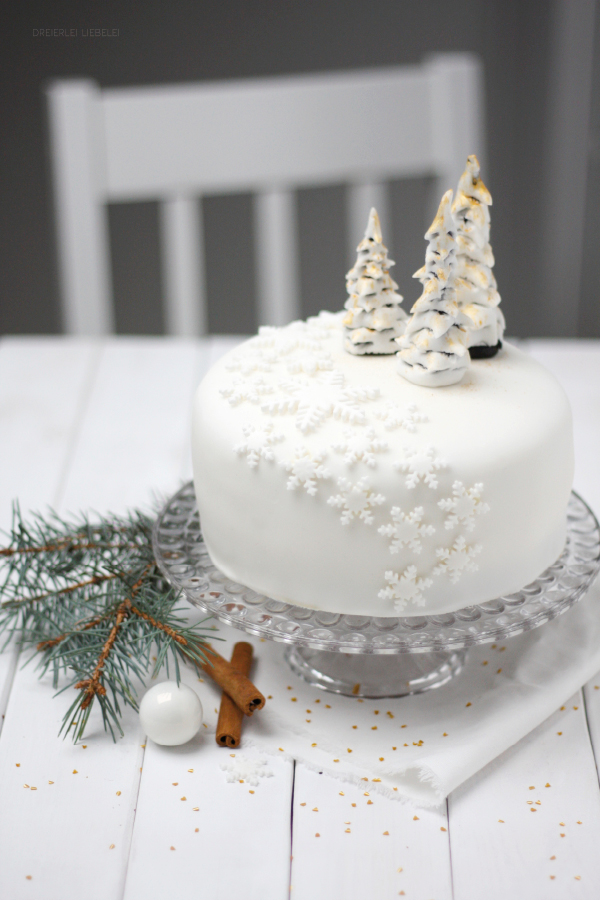 dreierlei liebelei fondant torte winter wonderland. Black Bedroom Furniture Sets. Home Design Ideas