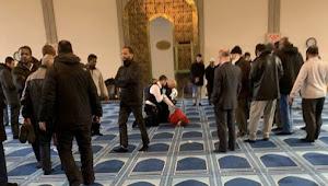 Muazin di London Ditikam Saat Mengumandangkan Azan Salat Asar