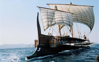 Η ιστορική τριήρης «Ολυμπιάς» στη Μαρίνα Ζέας