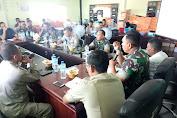 Danrem 162/WB langsung memimpin Rapat Internal Bahas Percepatan Pembangunan Rehab Rekon di Kab. Lombok Utara