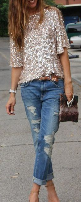 5 Stylish Tops To Wear On Jeans For A Chic Look