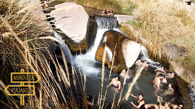 Como são as piscinas das Termas de Puritama