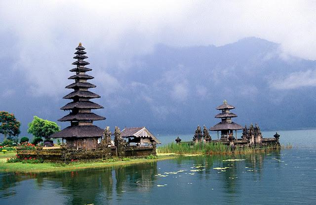 http://1.bp.blogspot.com/-IZhMa12CQsc/T_77M-t0aGI/AAAAAAAAA50/YEcd9YEk7Ag/s1600/Bali+2.jpg