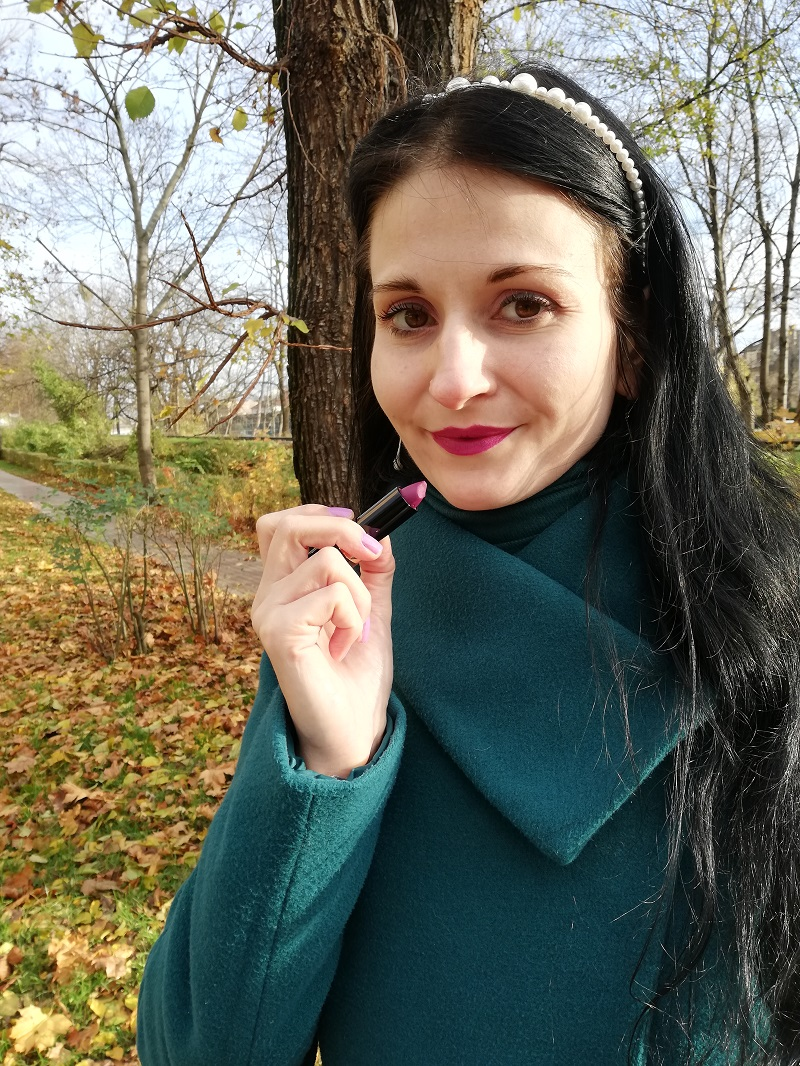 pomadka Avon Power Stay Mega Mulberry