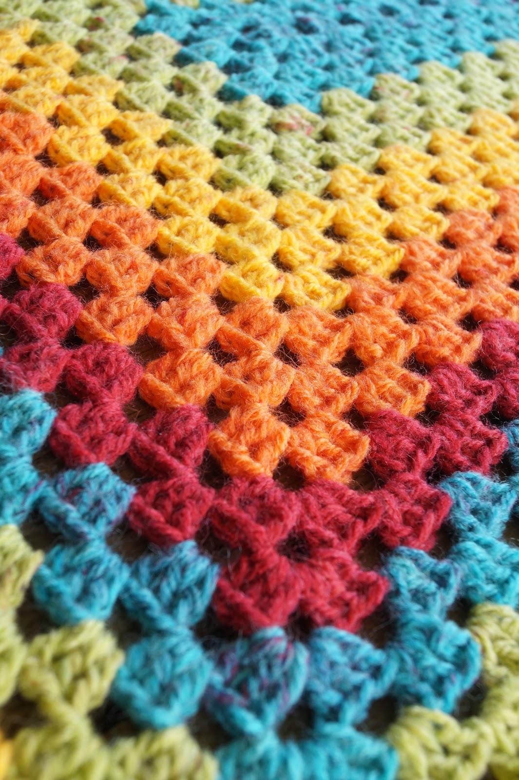 Samelias Mum: CROCHET: Making Rainbows