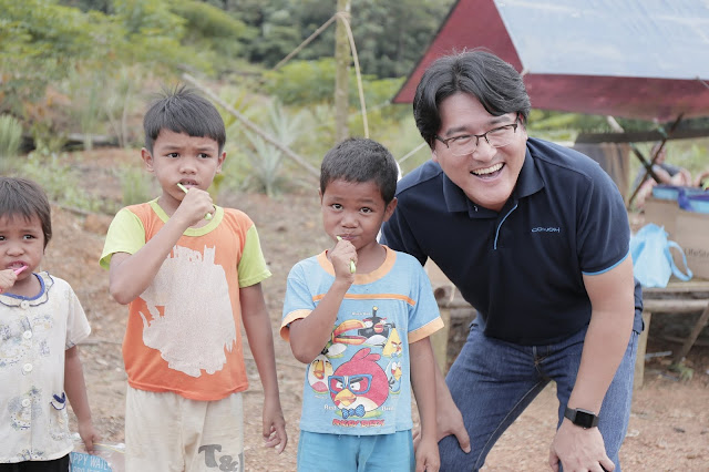 Coway Continues its Journey in Aiding the Orang  Asli Community
