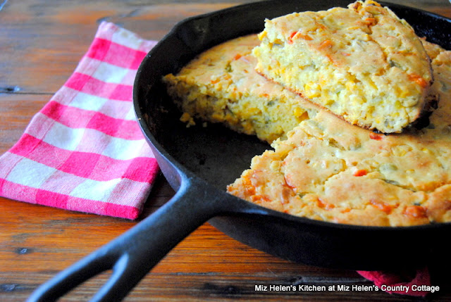 Tex-Mex Corn Bread at Miz Helen's Country Cottage