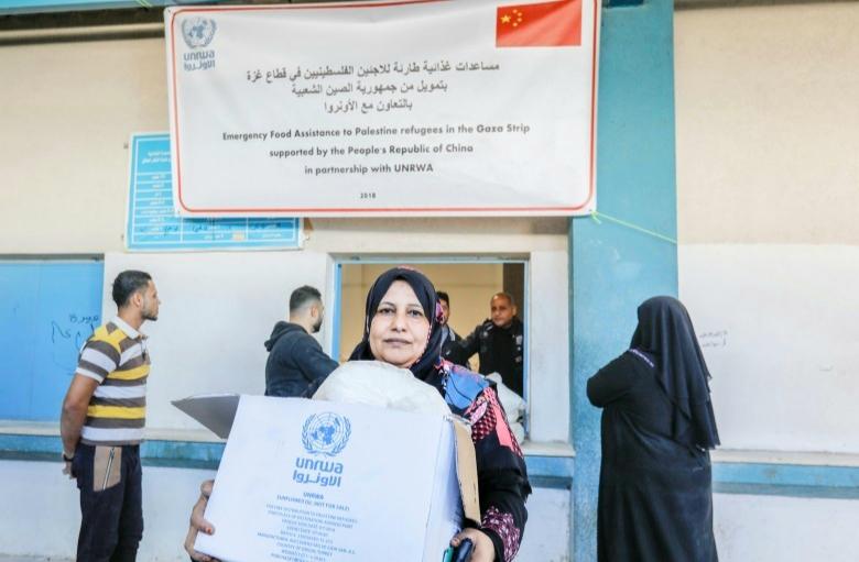 """نفى المتحدث باسم وكالة غوث وتشغيل اللاجئين """"الأونروا"""" عدنان أبو حسنة اليوم الأحد 11/10/2020، أن تقليص المعونات التي تقدمها"""