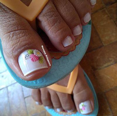 unhas decoradas com esmalte rosa 3