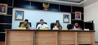 Sekda Batanghari Pimpin Rapat di Aula Bakauda Kabupaten Batanghari