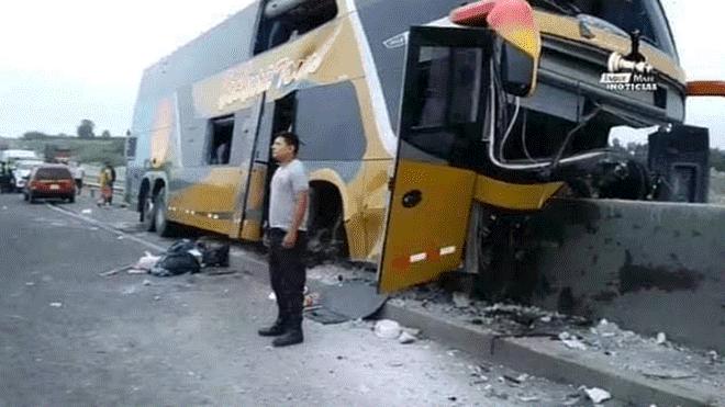 Huacho: Bus con delegación aprista choca y deja 8 muertos y más de 35 heridos| FOTO