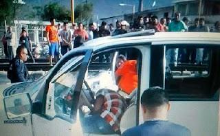 Pareja de jóvenes son baleados en Ciudad Mendoza.
