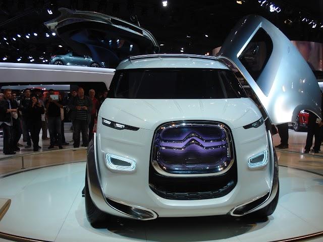 Citroen Tubik concept van at the 2012 Paris Motor Show