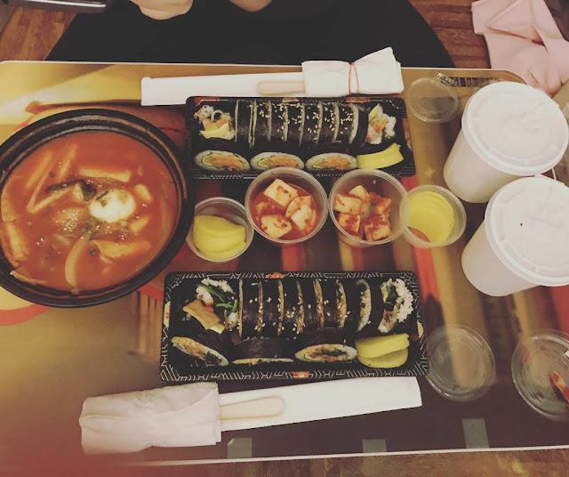 mengatasi perut bunci dengan menghindari makan malam