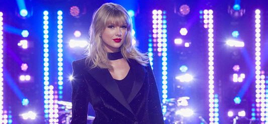 Taylor Swift to Receive Artist of the Decade Award at 2019 American Music Awards