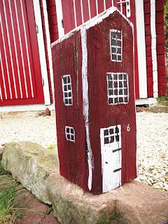 DIY Holzhaus für den Garten basteln