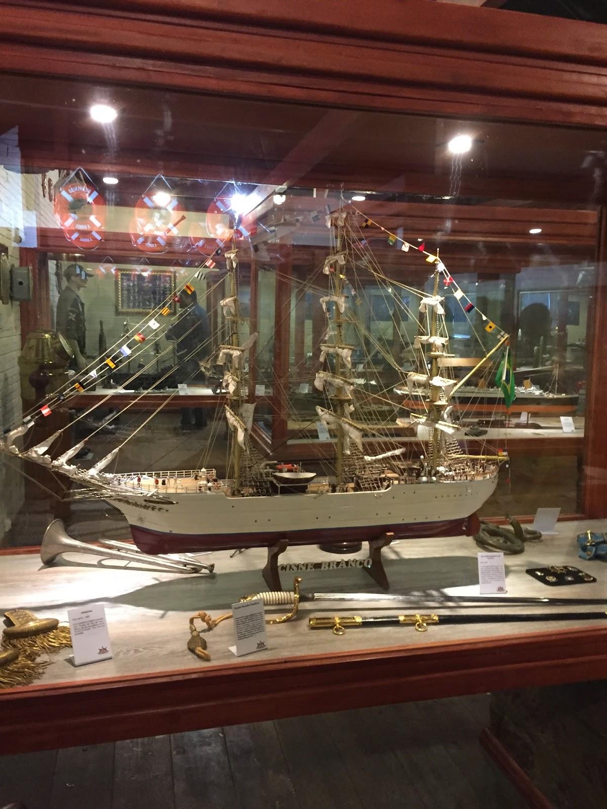 Réplica de navios