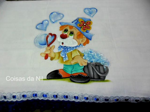 fralda pintada para menino palhaco com bolhas de sabão