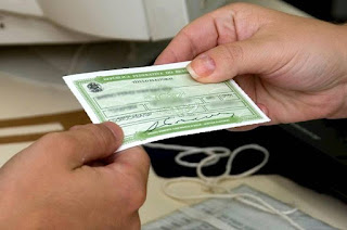 http://vnoticia.com.br/noticia/3016-prazo-para-eleitor-pedir-2-via-de-titulo-termina-hoje