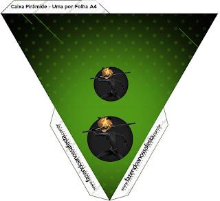 Caja con forma de pirámide de Cat Noir.
