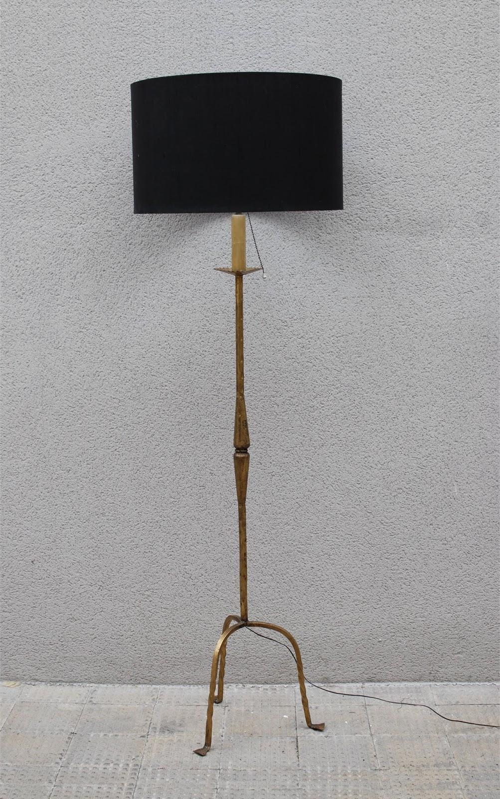 Gancemania mobiliario siglo xx y l mparas fase interior designers l mpara de pie dorada a os 50 - Lampara de pie vintage ...