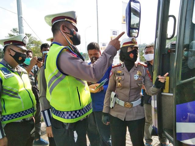 Mengejutkan. Ini yang Terjadi Saat Bus dari Jakarta Diperiksa Petugas