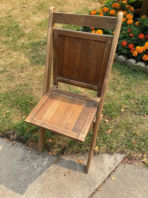 Photo of a vintage wooden folding chair