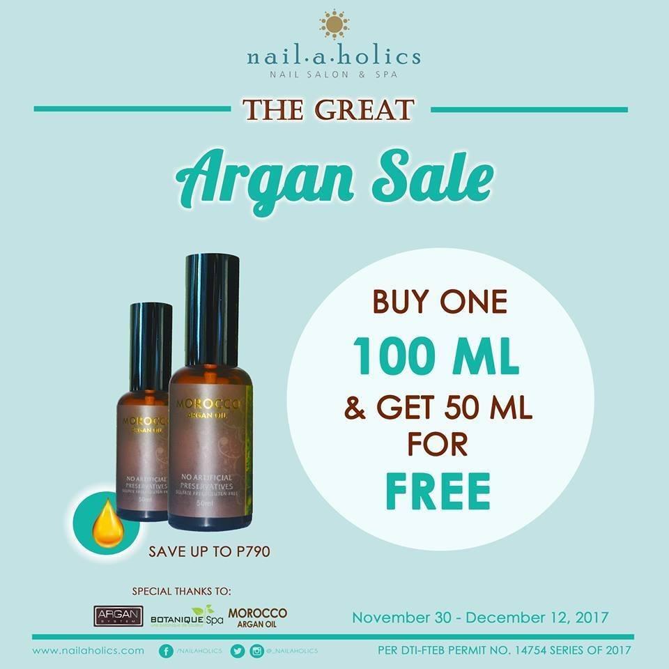 Sale alert at Nailholics!