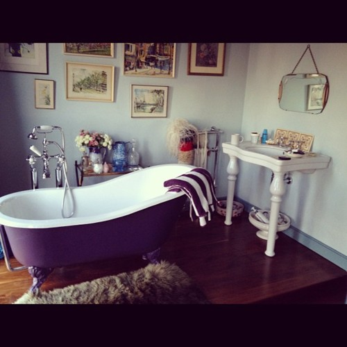 Shabby Chic Bathrooms: Cute Shabby Chic Style Bathrooms 2012