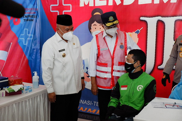 Walikota Tinjau Vaksinasi Massal di Terminal Jatijajar
