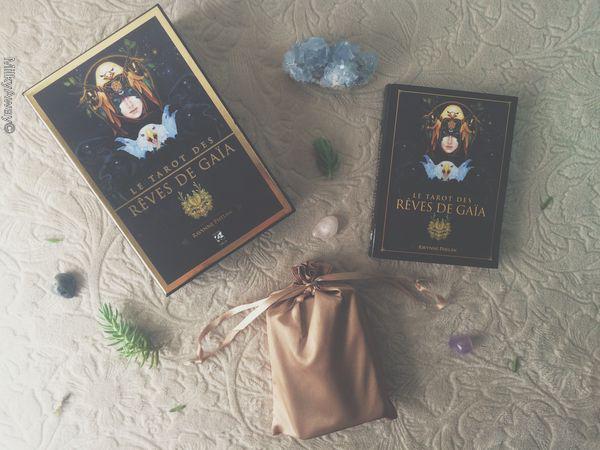 Le Tarot des Rêves de Gaïa de Ravynne Phelan aux éditions Véga