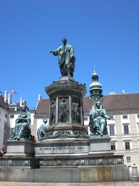 Derribar estatuas, un juicio al pasado