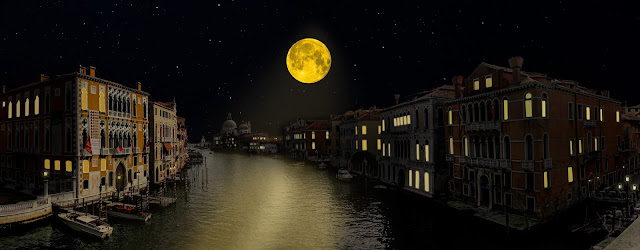 pairs-river-moon-view