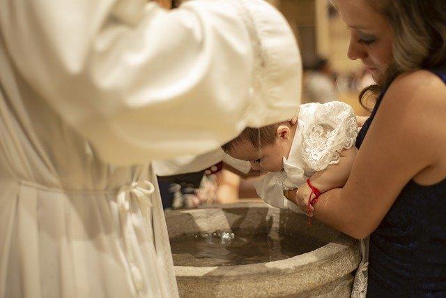 Idade certa para batizar o bebê