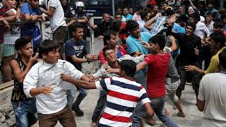 Столкновения мигрантов