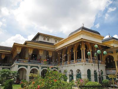 Istana Maimun Deli