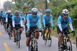 Muhammad Nur Rahmad Pimpin Tour De Aruk G310K Menuju Tapal Batas RI-Malaysia