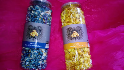 Popcorn in Blau und Gelb