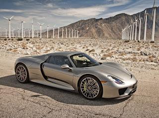 mobil yang digolongkan kedalam mobil kelas supercars memang terlihat istimewa dibandingka Inilah Deretan Supercars Terbaik Didunia