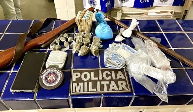 Drogas, arma e dinheiro são apreendidos pela polícia na zona rural de Ibicoara