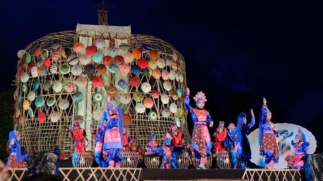 Festival Payung Indonesia, Semarak Keindahan Penuh Warna