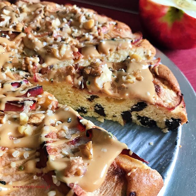 Orzechowe, niskosłodzone ciasto ucierane