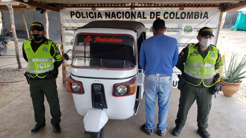 https://www.notasrosas.com/Policía Guajira incauta cuantioso contrabando y realiza otros operativos, en diferentes vías de su jurisdicción