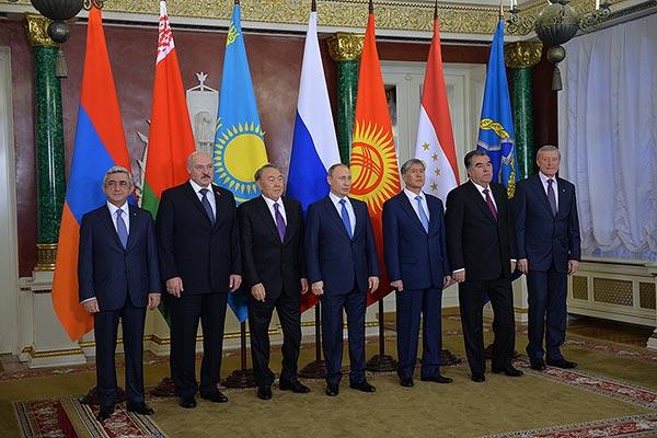 Armenia niega que Azerbaiyán entre a la OTSC
