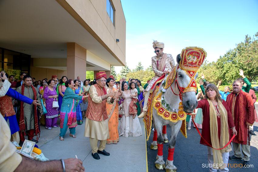 Indian Wedding Baraat Barat on Horse SudeepStudio.com Ann Arbor South Asian Indian Wedding Photographer
