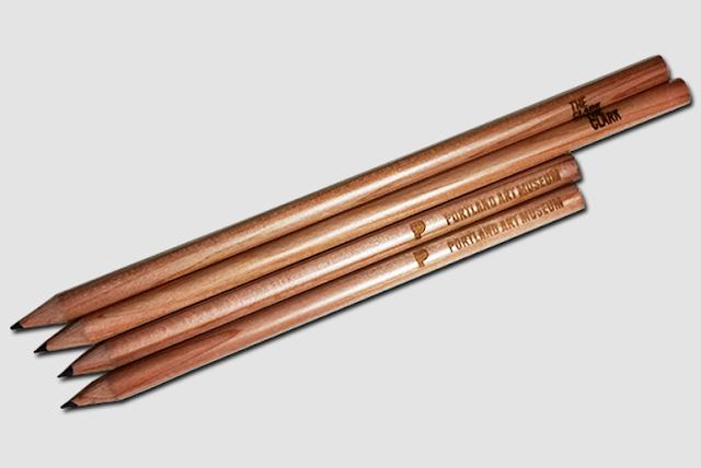 Bút chì gỗ khắc laser