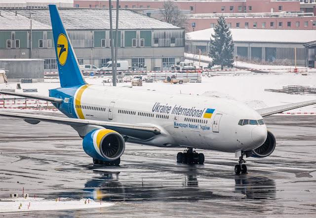 b777-200 ukraine international airlines